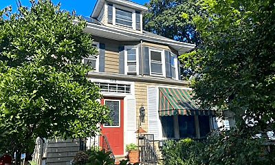 Building, 102 Daniel Ave, 0