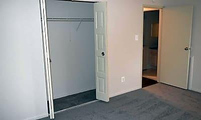 Bedroom, La Maison, 2