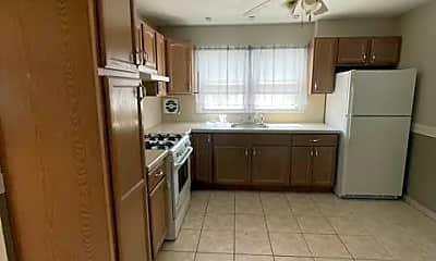 Kitchen, 40 Fern Ave, 1