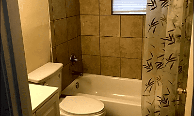 Bathroom, 3113 Springfield Dr, 2