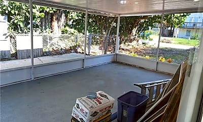 Patio / Deck, 339 Tyler Ave, 2