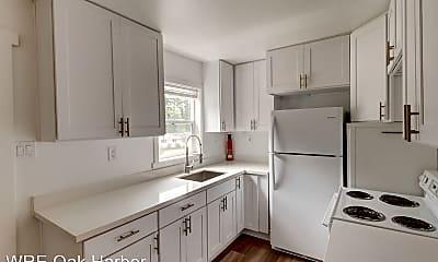 Kitchen, 966 Yvonne Ave, 1