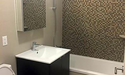 Bathroom, 25-13 27th Street Unit 4D, 2