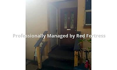 Front Door, 298 Lowell Ave #C, 1