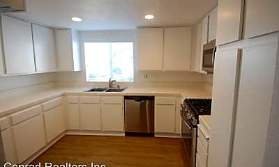 Kitchen, 33861 Mariana Dr, 1