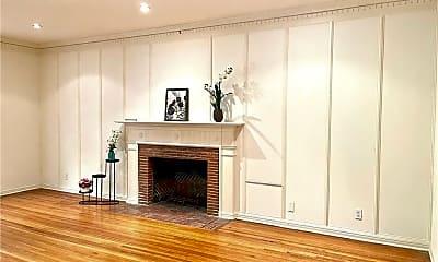 Living Room, 140 S Bedford Dr, 2