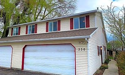 Building, 326 Fenton Ave, 1