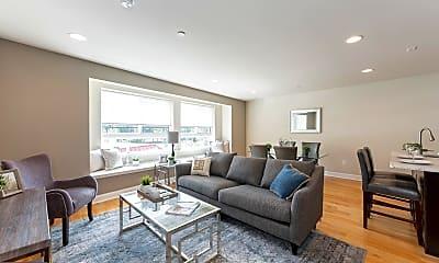 Living Room, 325 E Allen St, 0