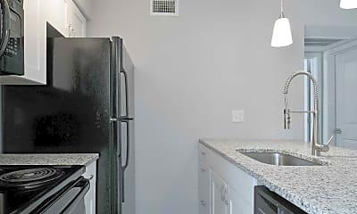Kitchen, Lakewood on Henderson, 0