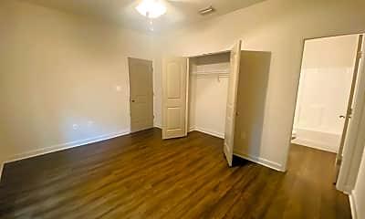 Bathroom, 810 Baytree Rd, 2