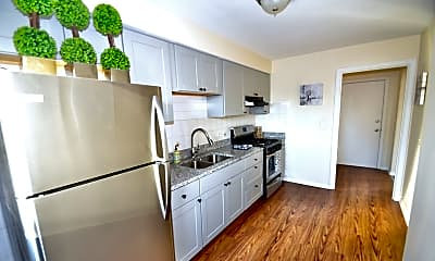 Kitchen, 7208 W School St 7, 1