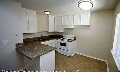 Melrose Riverside Apartments, LLC 4112 Melrose Street, 1