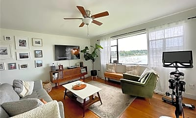 Living Room, 307 W Shore Rd 3, 0