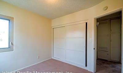 Bedroom, 1633 E Maple Ave, 2