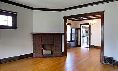 Living Room, 1289 Marlowe Ave, 1