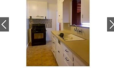 Kitchen, 1206 S Giddings St, 1