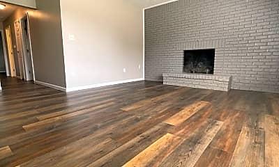 Living Room, 927 Weston Ct, 1