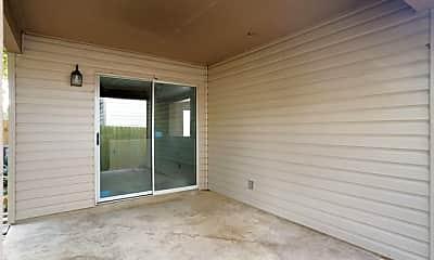 Living Room, 11007 Braes Grove, 1