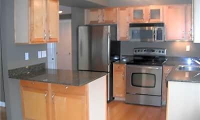 Kitchen, 5360 Pershing Ave 1C, 1