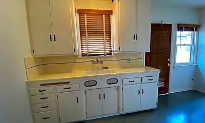 Kitchen, 3632 Motor Ave, 2