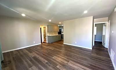 Living Room, 5230 E Falls View Dr, 1