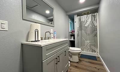 Bathroom, 2780 5th Ave, 2