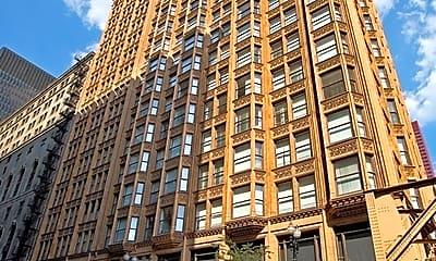 Building, 1410 S Dearborn St, 1