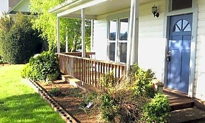 Patio / Deck, 24551 S Springwater Rd, 1