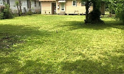 Building, 247 E 72nd St, 2