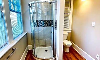 Bathroom, 934 Ponce De Leon Ave NE, 2