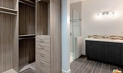 Bathroom, 175 N Palm Canyon Dr 211, 2