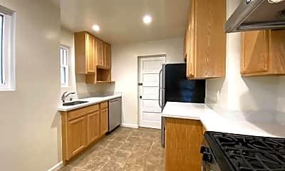 Kitchen, 1541 Larkin St, 1