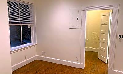 Bedroom, 4 Garden Ct St, 1