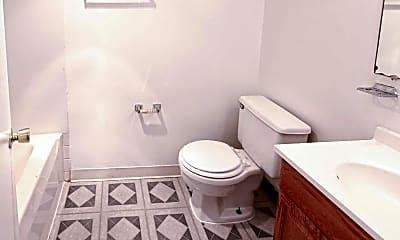 Bathroom, Roberts Gardens Apartments, 2
