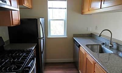 Kitchen, 1106 Prospect Ave, 1