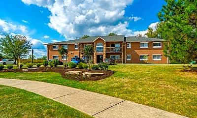 Shady Lake Apartments, 1
