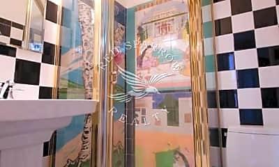 Bathroom, 1 Hudson St, 2