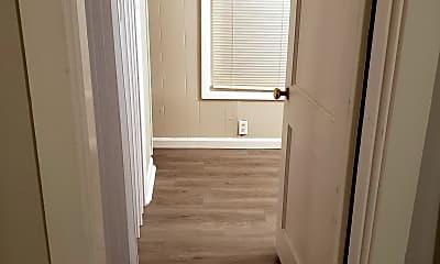 Bedroom, 2001 Hall St, 1