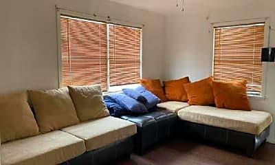 Living Room, 3016 Blodgett St, 2