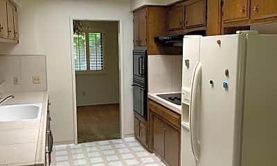 Kitchen, 62 Starglow Circle, 1