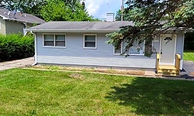 Building, 526 E Shorewood Rd, 0