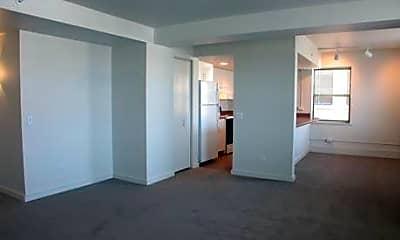 Louis Joliet Apartments, 2