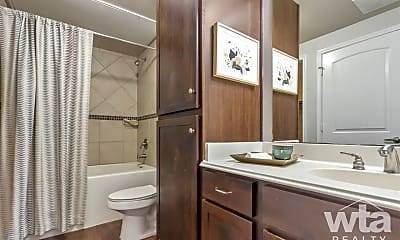 Bathroom, 9725 N Lake Creek Pkwy, 1