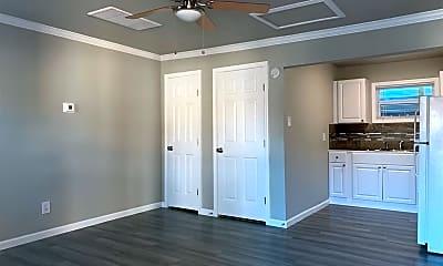 Bedroom, 6206 Shadyview St, 1