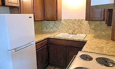 Kitchen, 2433 W Eubanks St, 1