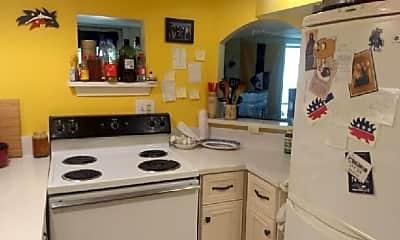 Kitchen, 511 3rd St SE, 2