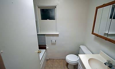 Bathroom, 310 E Mohave Rd 1, 1