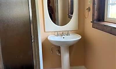 Bathroom, 2862 Bentley Ave, 1