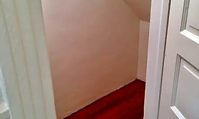 Bathroom, 517 Greenwich St, 2