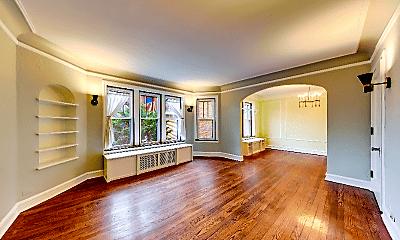 Living Room, 1225 W Granville Ave, 0